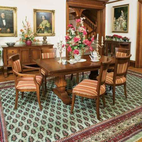 Estate Dining Set