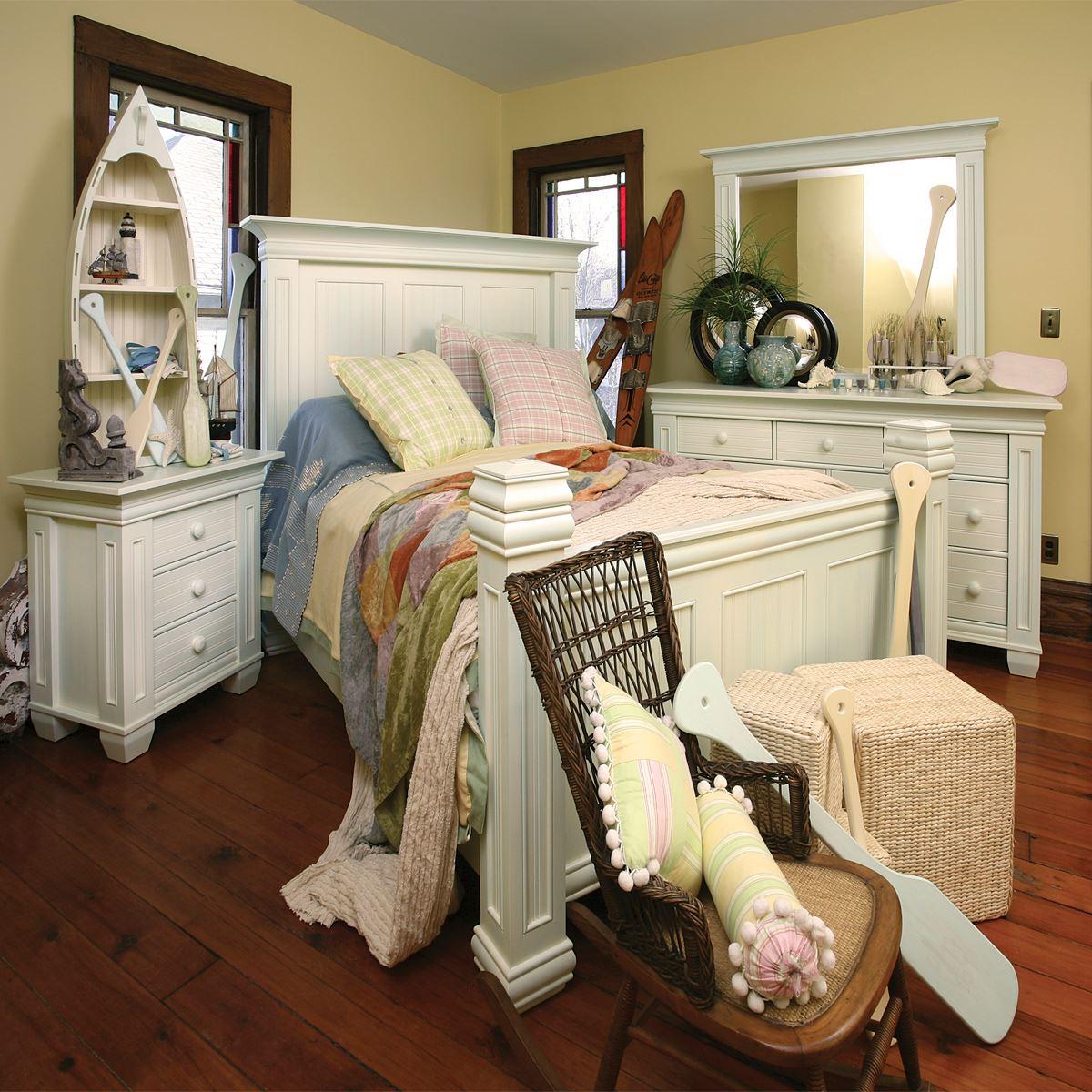 Coastal Cottage Bedroom Set | King Dinettes
